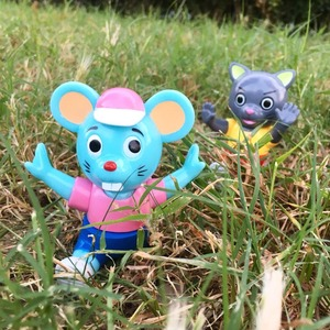 Pointless Island Sofubi (Soft Vinyl Figure) - Cat Catches Mouse - Little Cat / Little Blue Mouse - 無謂島 軟膠玩偶 - 貓抓老鼠 - 小貓 / 小藍鼠